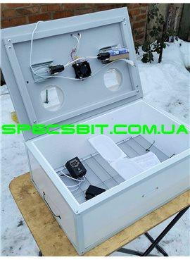 Инкубатор Курочка Ряба ИБ-100 механический переворот 100 яиц, цифровой с вентилятором